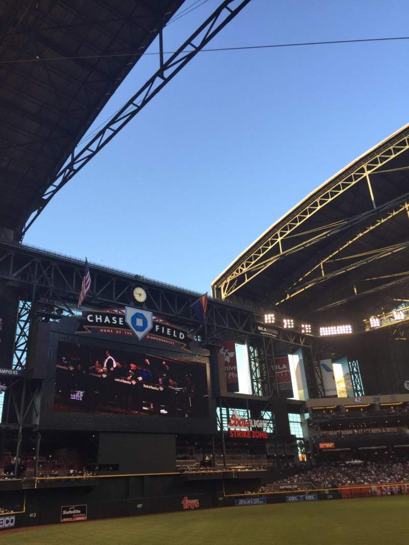 Seating view for Chase Field Section 132 Row 17 Seat 15