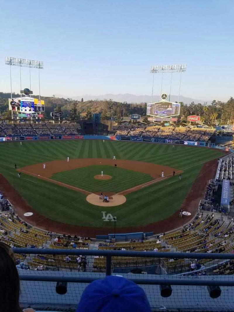 Seating view for Dodger Stadium Section 1rs Row c Seat 17