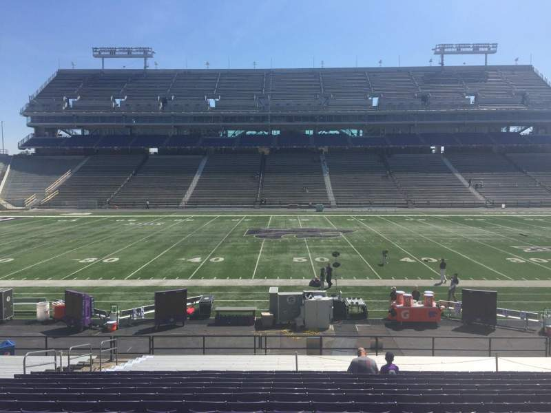 Seating view for Bill Snyder Family Stadium Section 4 Row 25 Seat 20