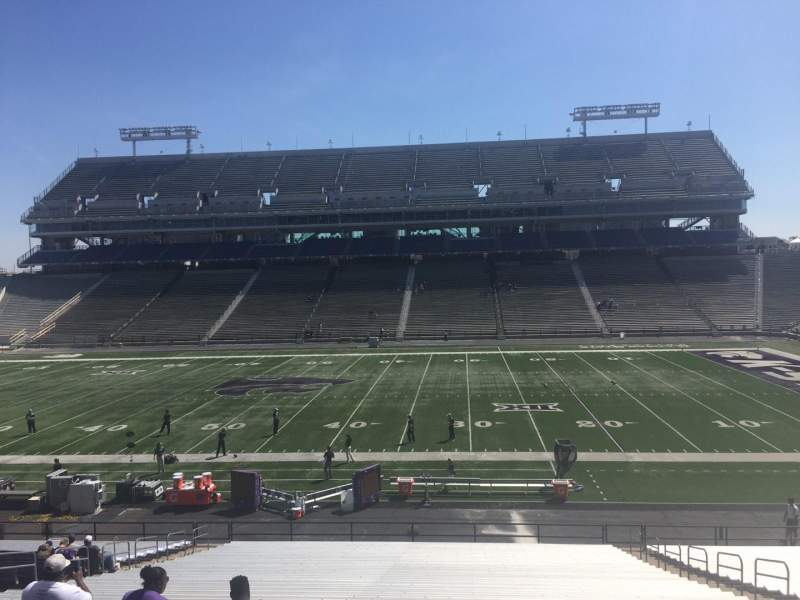 Seating view for Bill Snyder Family Stadium Section 6 Row 38 Seat 18