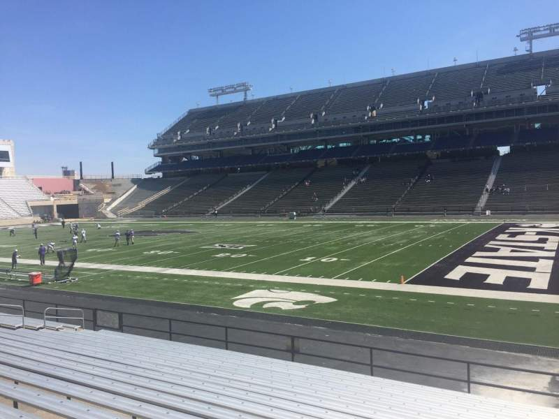 Seating view for Bill Snyder Family Stadium Section 8 Row 17 Seat 13