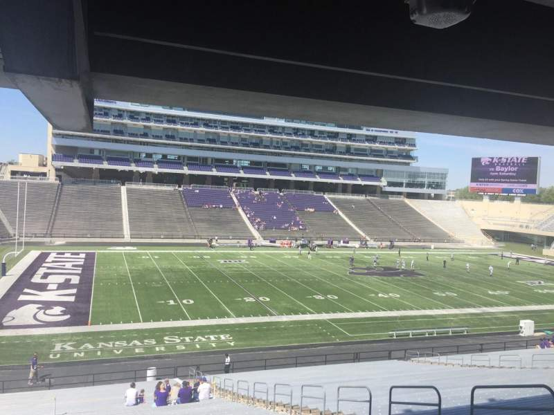 Seating view for Bill Snyder Family Stadium Section 21 Row 43 Seat 11