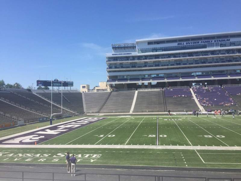 Seating view for Bill Snyder Family Stadium Section 22 Row 19 Seat 6
