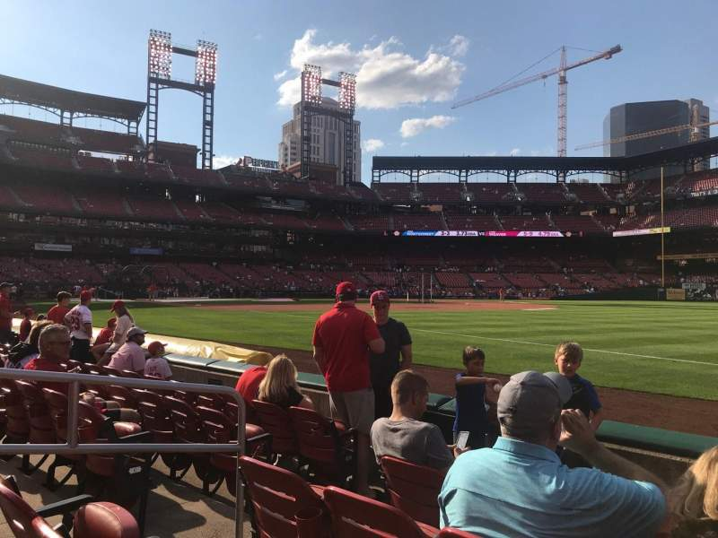 Seating view for Busch Stadium Section 136D Row E Seat 5