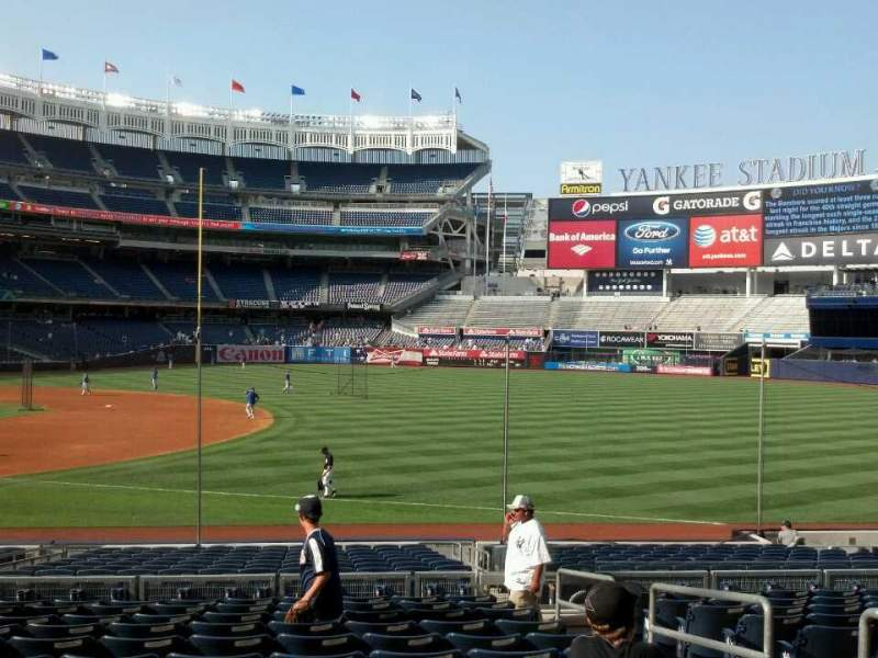 Seating view for Yankee Stadium Section 113 Row 23 Seat 4