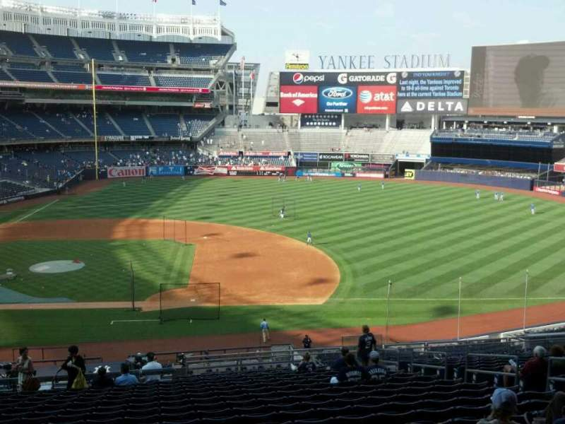 Seating view for Yankee Stadium Section 215 Row 19 Seat 9