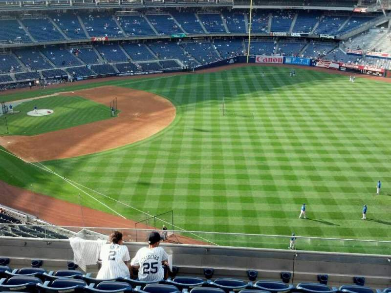 Seating view for Yankee Stadium Section 309 Row 7 Seat 11