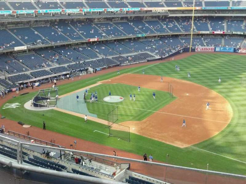 Seating view for Yankee Stadium Section 313 Row 3 Seat 11