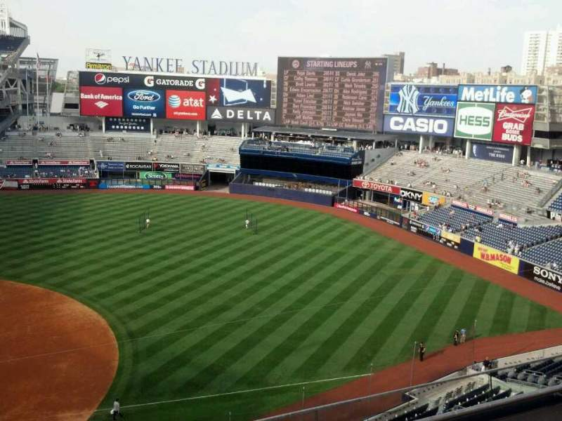 Seating view for Yankee Stadium Section 314 Row 4 Seat 25