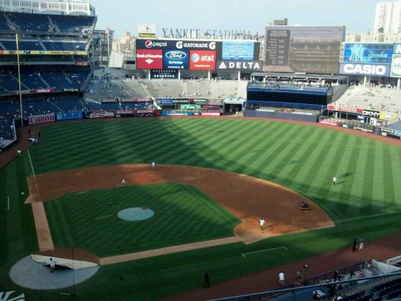 Seating view for Yankee Stadium Section 318 Row 4 Seat 8