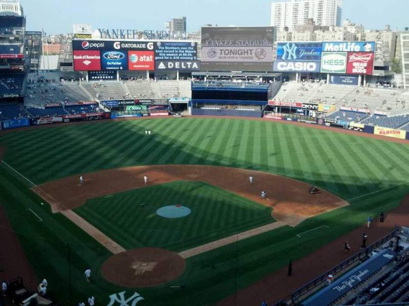 Seating view for Yankee Stadium Section 320a Row 5 Seat 6