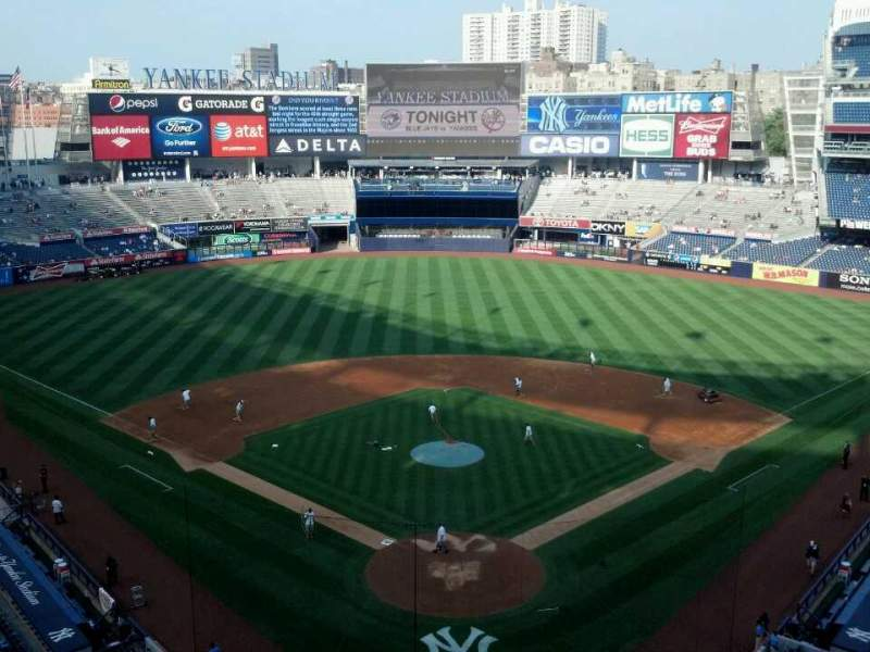 Seating view for Yankee Stadium Section 320b Row 4 Seat 12