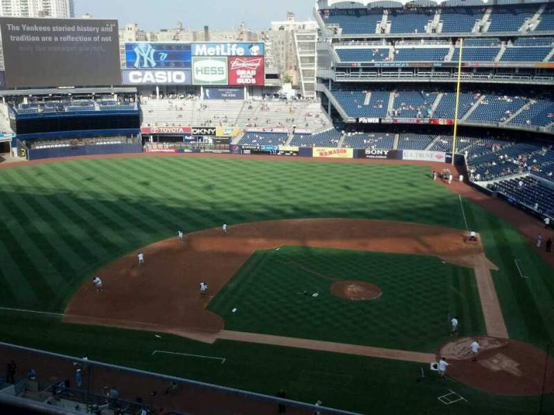 Seating view for Yankee Stadium Section 323 Row 3 Seat 8