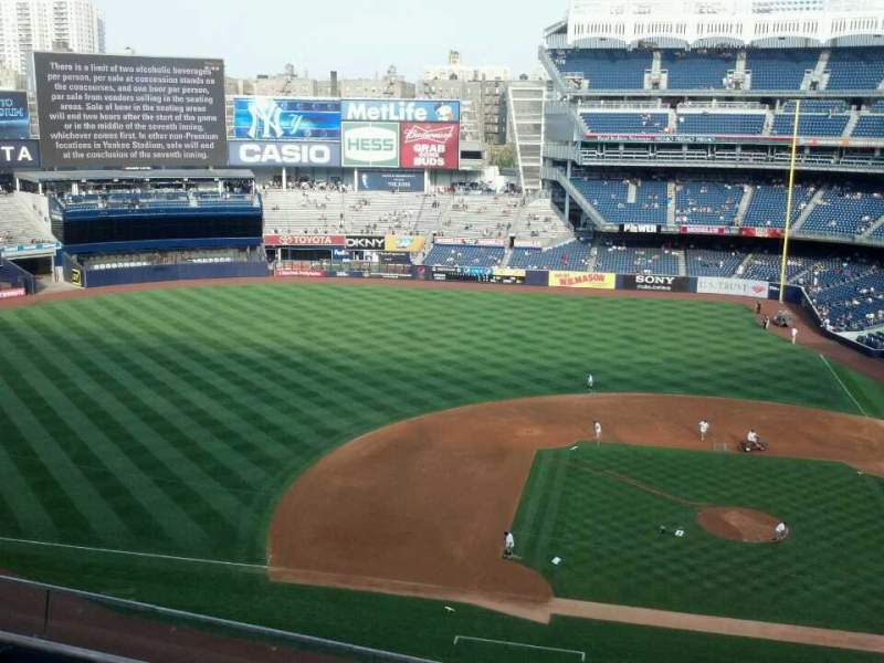 Seating view for Yankee Stadium Section 324 Row 4 Seat 12