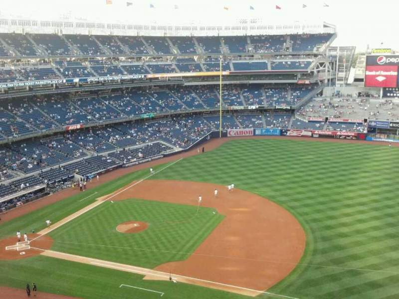 Seating view for Yankee Stadium Section 414 Row 1 Seat 8