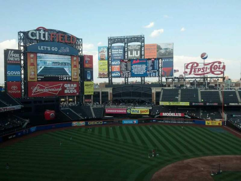 Seating view for Citi Field Section 423 Row 3 Seat 6