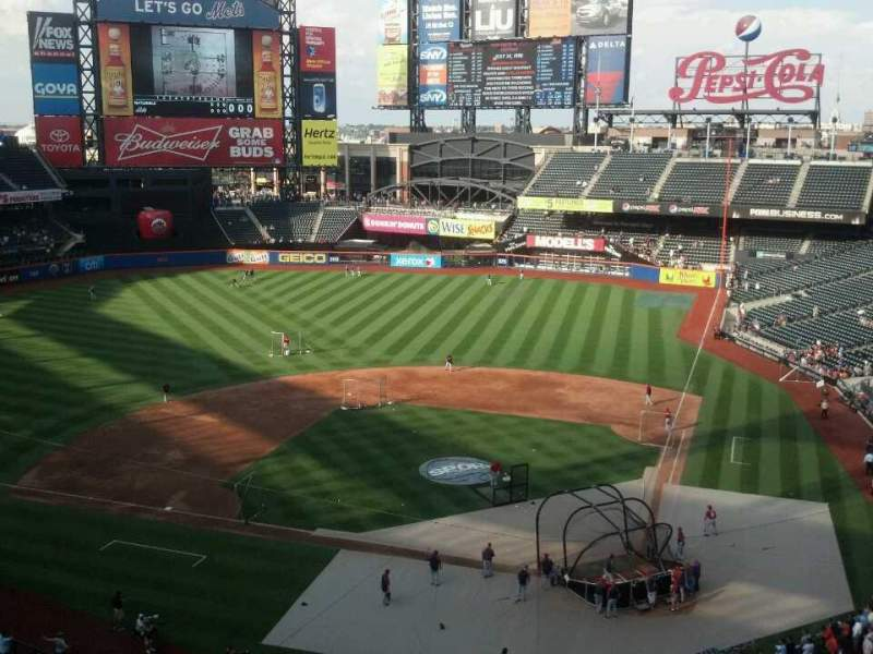 Seating view for Citi Field Section 418 Row 3 Seat 10