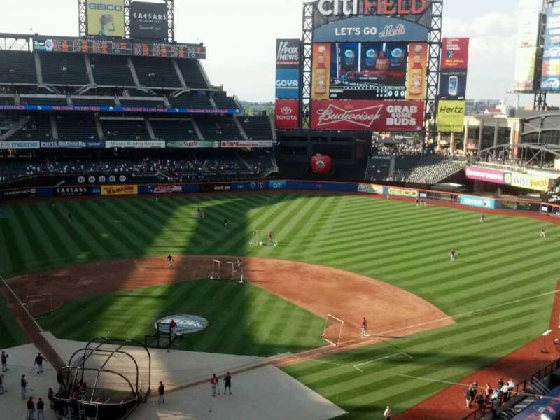 Seating view for Citi Field Section 412 Row 3 Seat 10