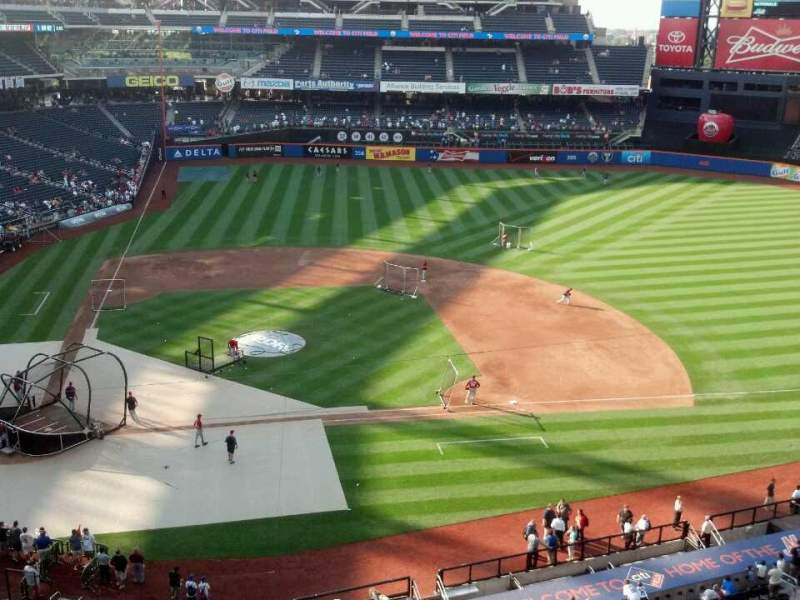 Seating view for Citi Field Section 409 Row 1 Seat 9