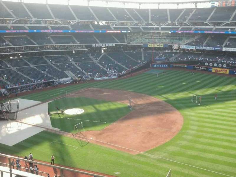 Seating view for Citi Field Section 405 Row 3 Seat 16