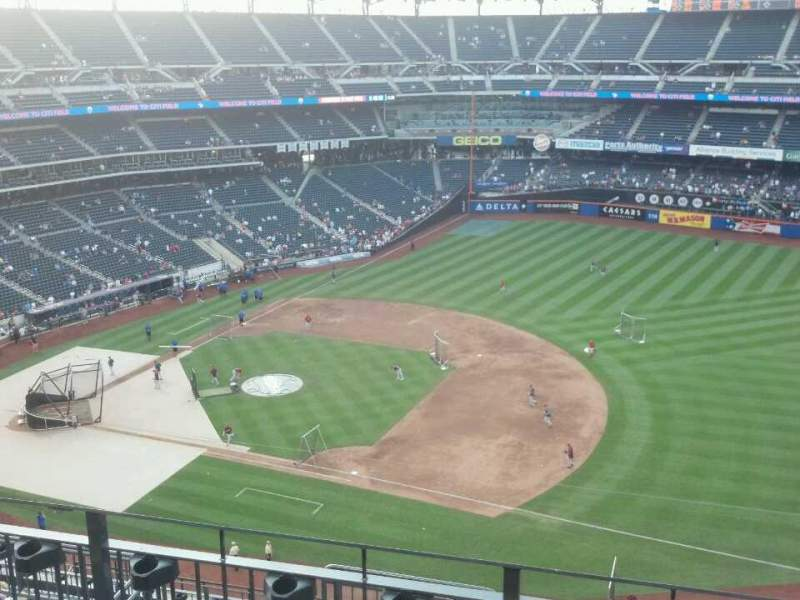 Seating view for Citi Field Section 505 Row 4 Seat 10