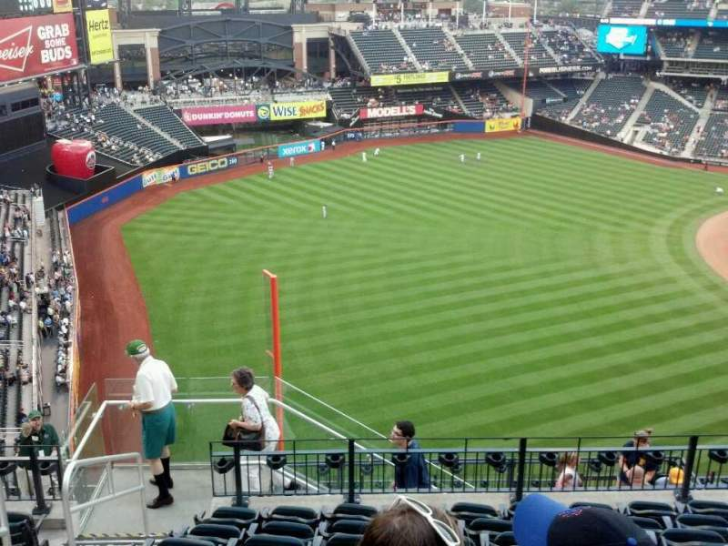 Seating view for Citi Field Section 528 Row 8 Seat 22