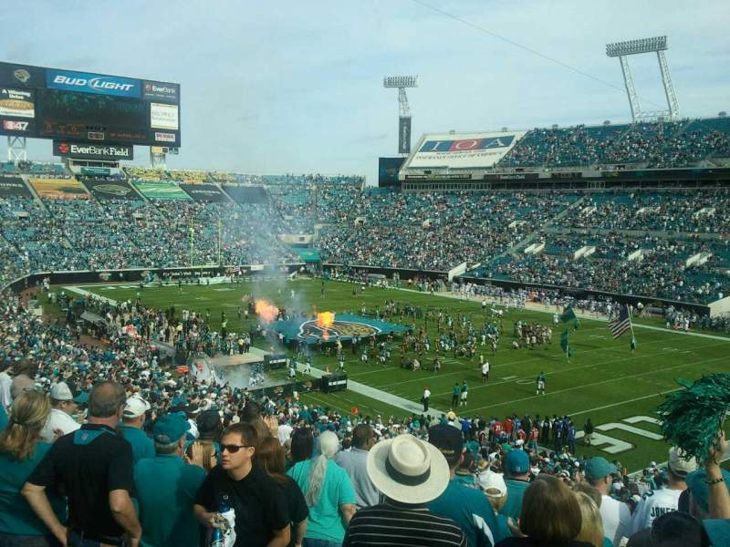 Seating view for Everbank Field Section 202 Row j Seat 13