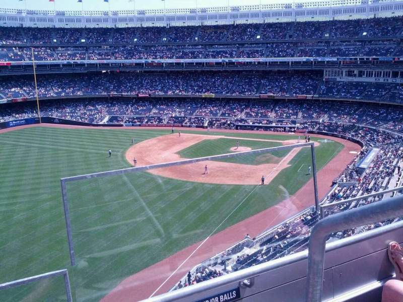 Seating view for Yankee Stadium Section 332 Row 2 Seat 1