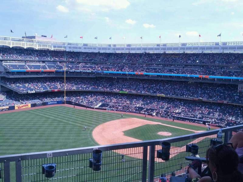 Seating view for Yankee Stadium Section 330