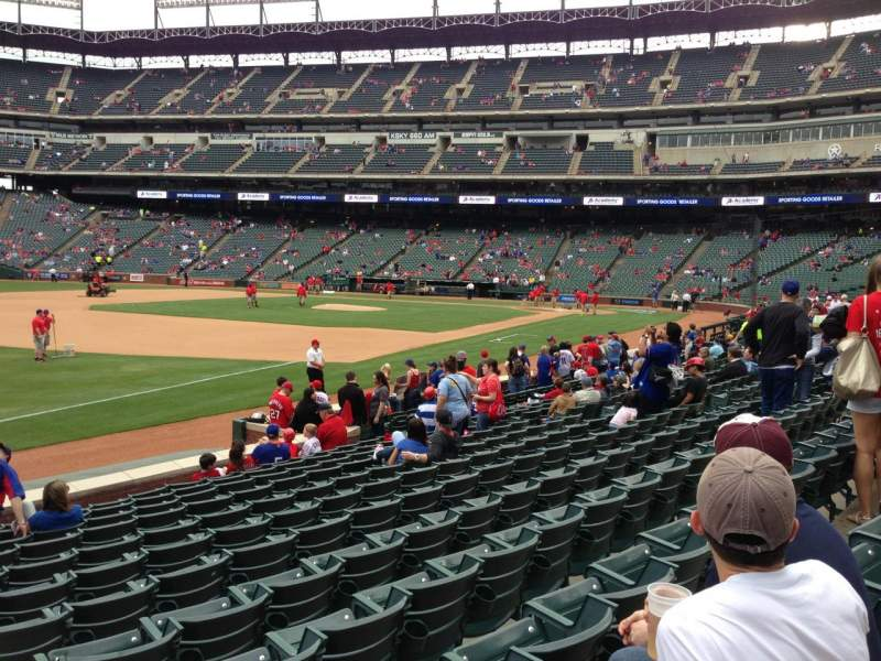 Seating view for Globe Life Park in Arlington Section 14 Row 12 Seat 18