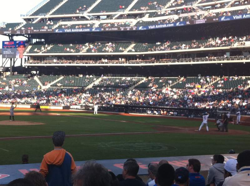 Seating view for Citi Field Section 122 Row 9