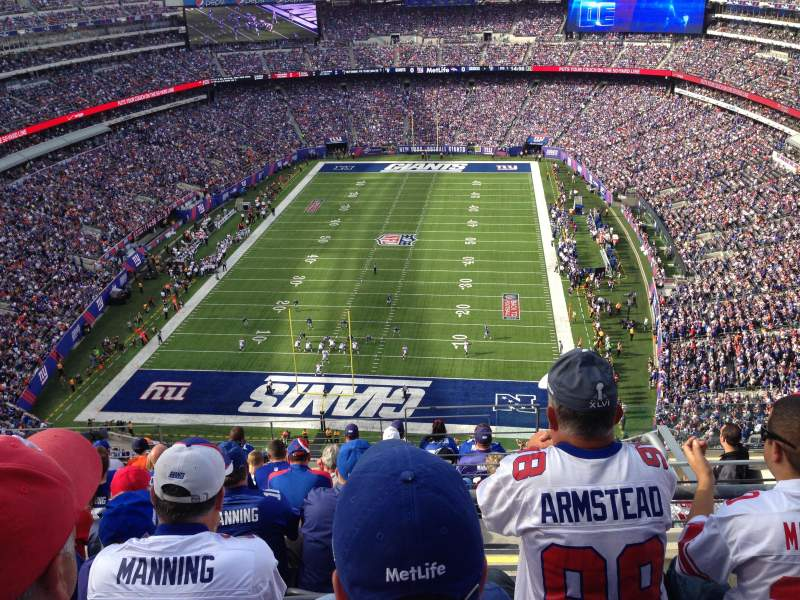 Seating view for Metlife Stadium Section 325 Row 14 Seat 6