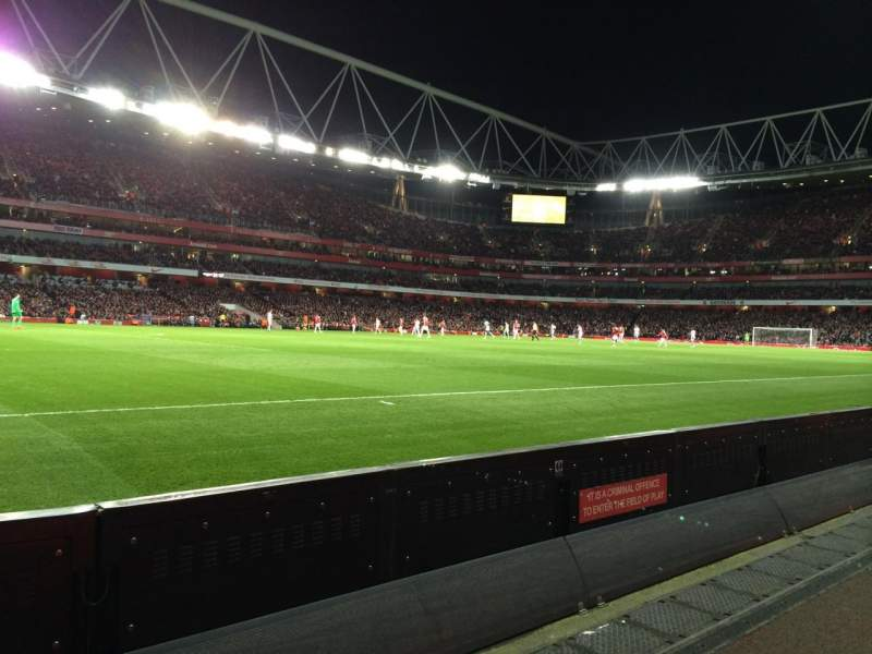 Seating view for Emirates Stadium Section 20 Row 1 Seat 604