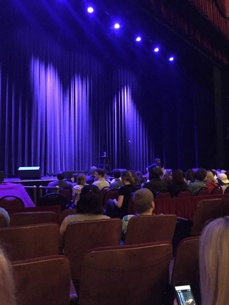 Chicago Theatre, section: MNFL3L Aisle 6, row: EE, seat: 309