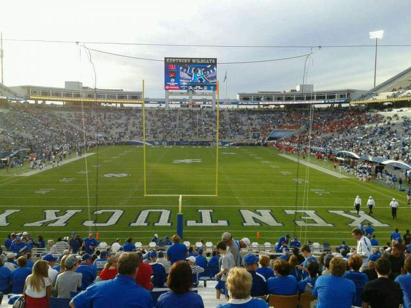 Seating view for Commonwealth Stadium Section 140