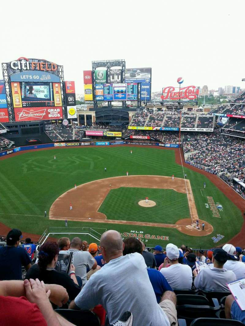 Seating view for Citi Field Section 519 Row 11 Seat 19
