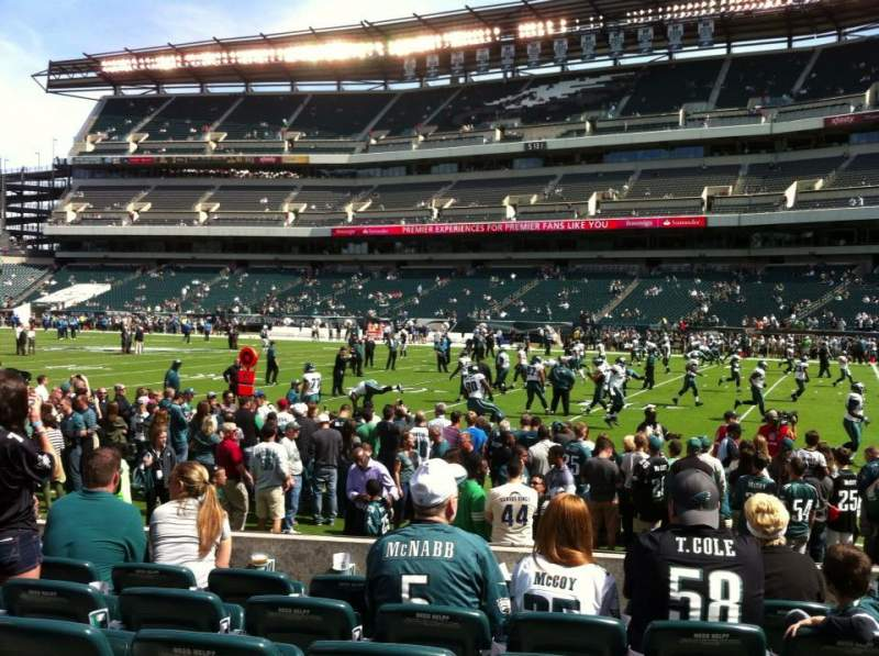 Seating view for Lincoln Financial Field Section 105 Row 6 Seat 17