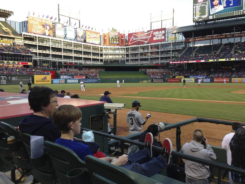 Seating view for Globe Life Park in Arlington Section 20 Row 4 Seat 17