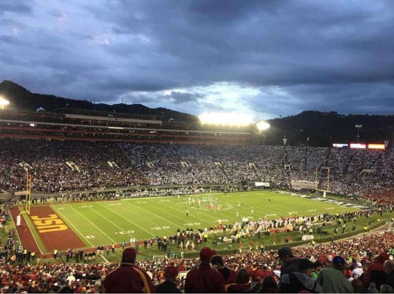 Seating view for Rose Bowl Section 2-L Row 77 Seat 14