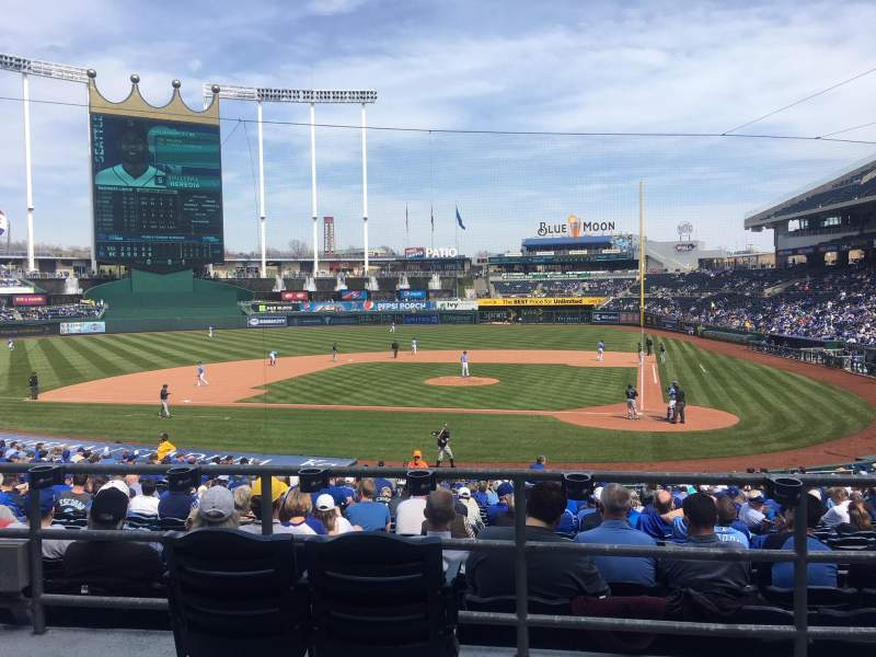 Seating view for Kauffman Stadium Section 224 Row AA Seat 2