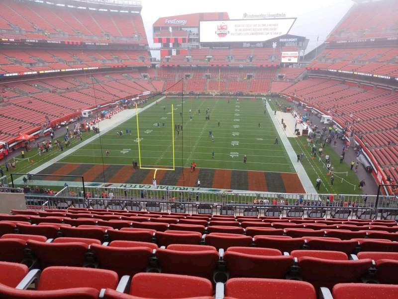 Seating view for FirstEnergy Stadium Section 348 Row 15 Seat 13