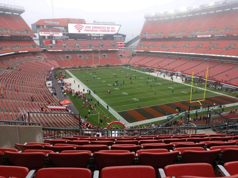 Seating view for FirstEnergy Stadium Section 343 Row 15 Seat 9
