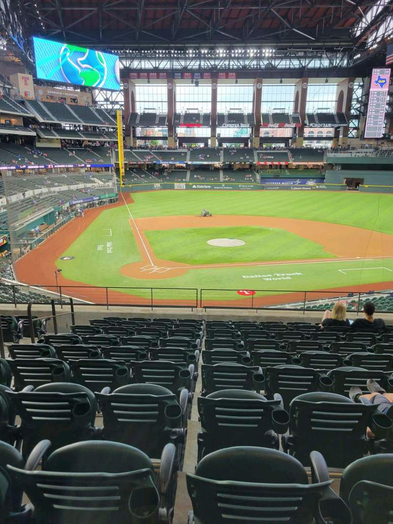 Seating view for Globe Life Field Section 117 Row 10 Seat 5