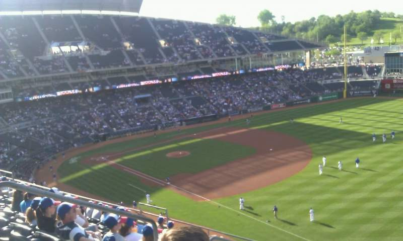 Seating view for Kauffman Stadium Section 437 Row L Seat 8