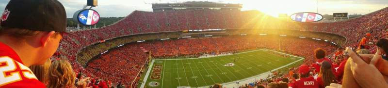 Seating view for Arrowhead Stadium Section 304 Row 20 Seat 15
