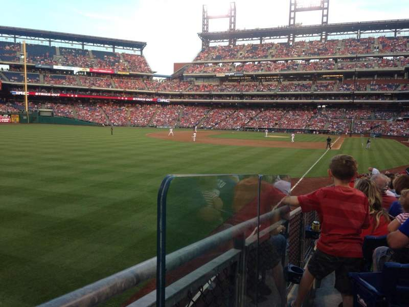 Seating view for Citizens Bank Park Section 140 Row 7 Seat 1