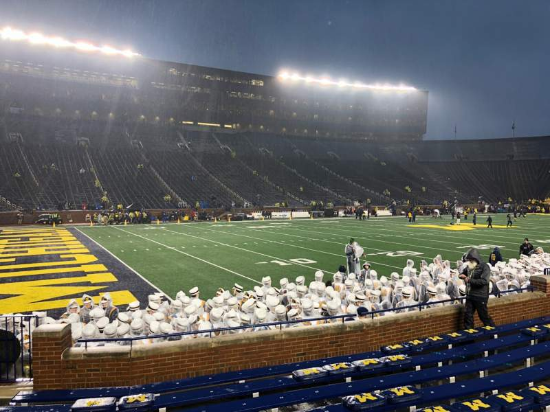 Seating view for Michigan Stadium Section 6 Row 9 Seat 26