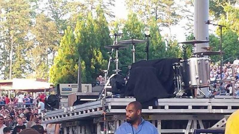 Verizon Amphitheatre, section: Box Seats right of sound board
