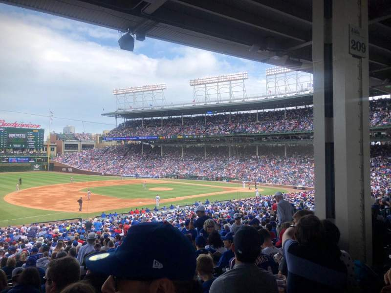 Seating view for Wrigley Field Section 208 Row 9 Seat 14