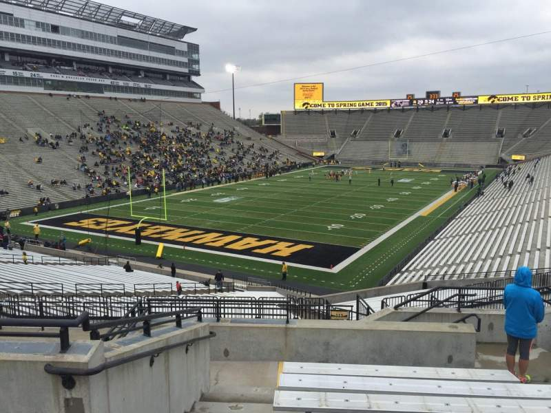 Seating view for Kinnick Stadium Section 212 Row 10 Seat 8